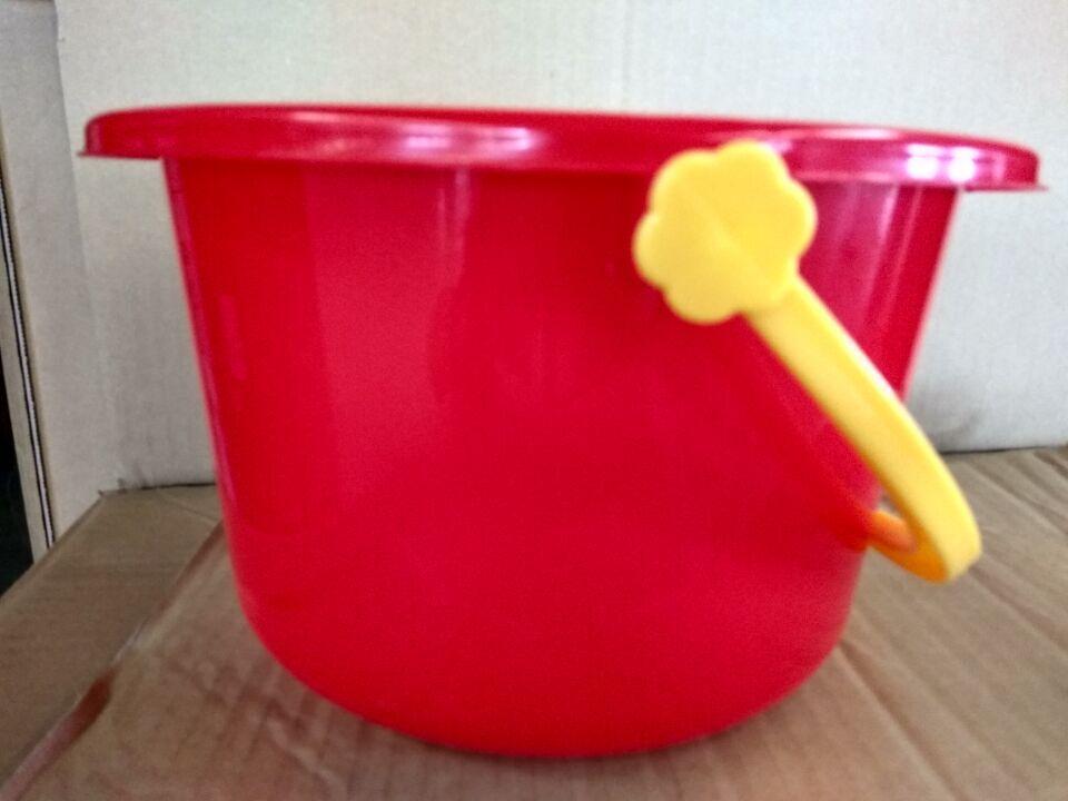 新品分类缓存 红色塑料桶